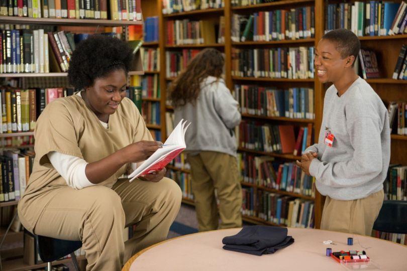 Si legge in biblioteca in Orange is the new black