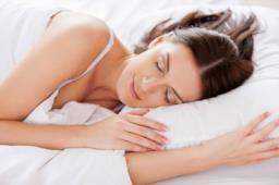 Le posizioni per dormire bene e senza dolori