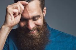 Come conquistare un uomo timido che non si lascia andare: le 10 migliori strategie