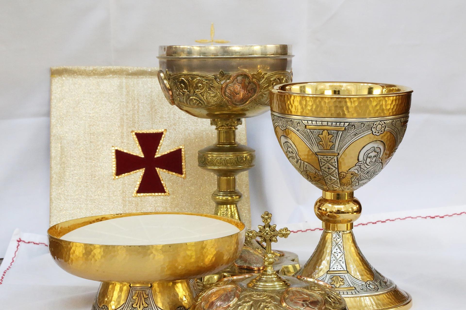 Calice sacro ed eucaristia