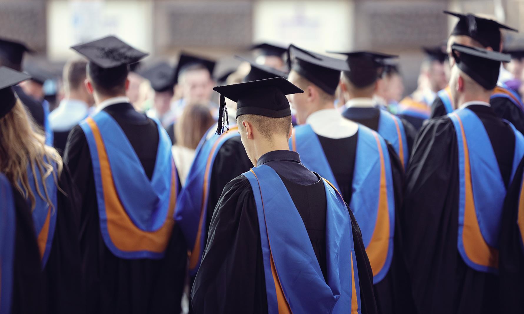 Copertina Messaggi di auguri per la laurea