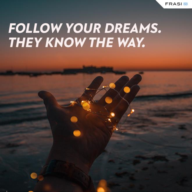 Immagine tramonto con citazione sui sogni per Stati whatsapp