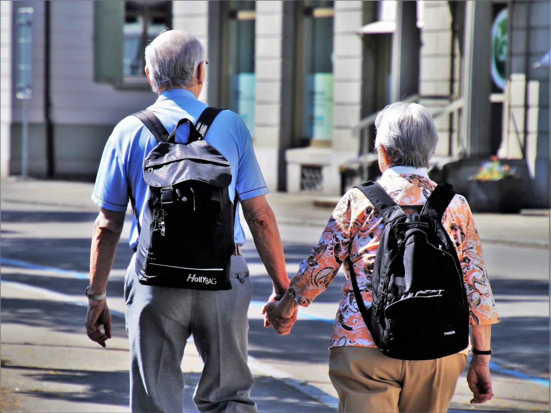 Immagine di copertina frasi per pensionamento formali