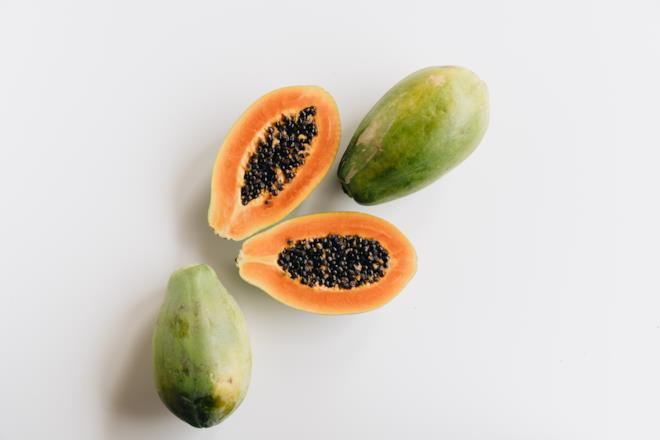 Papaya frutta che contiene vitamina C