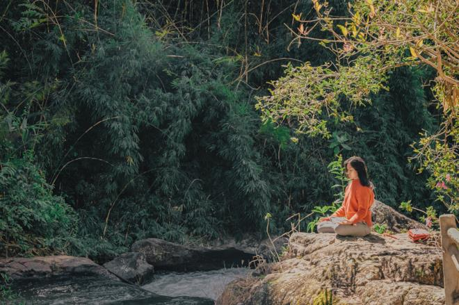 Immagine copertina di frasi buddiste su se stessi