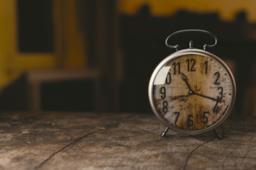 Copertina frasi sul tempo che passa