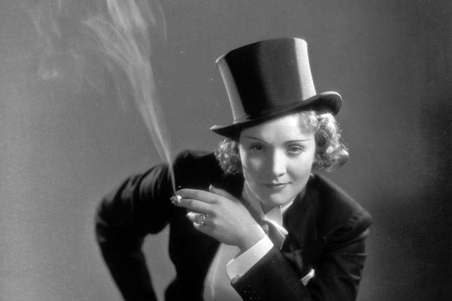 Marlene Dietrich in un ritratto