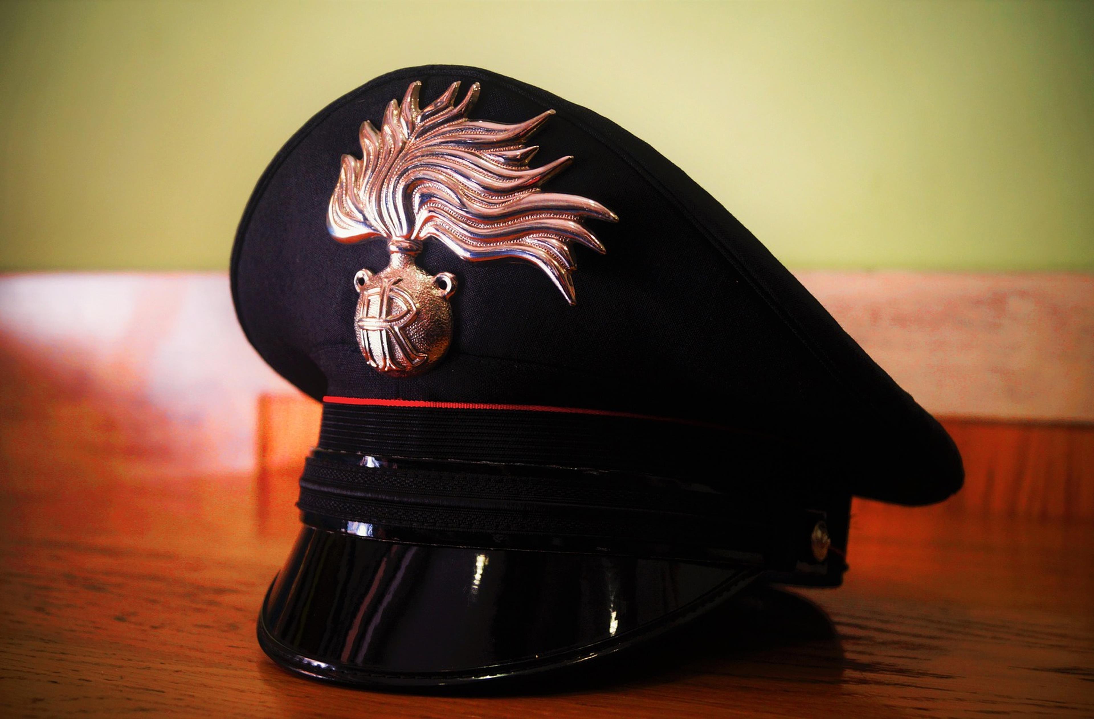 Copertina Barzellette sui carabinieri