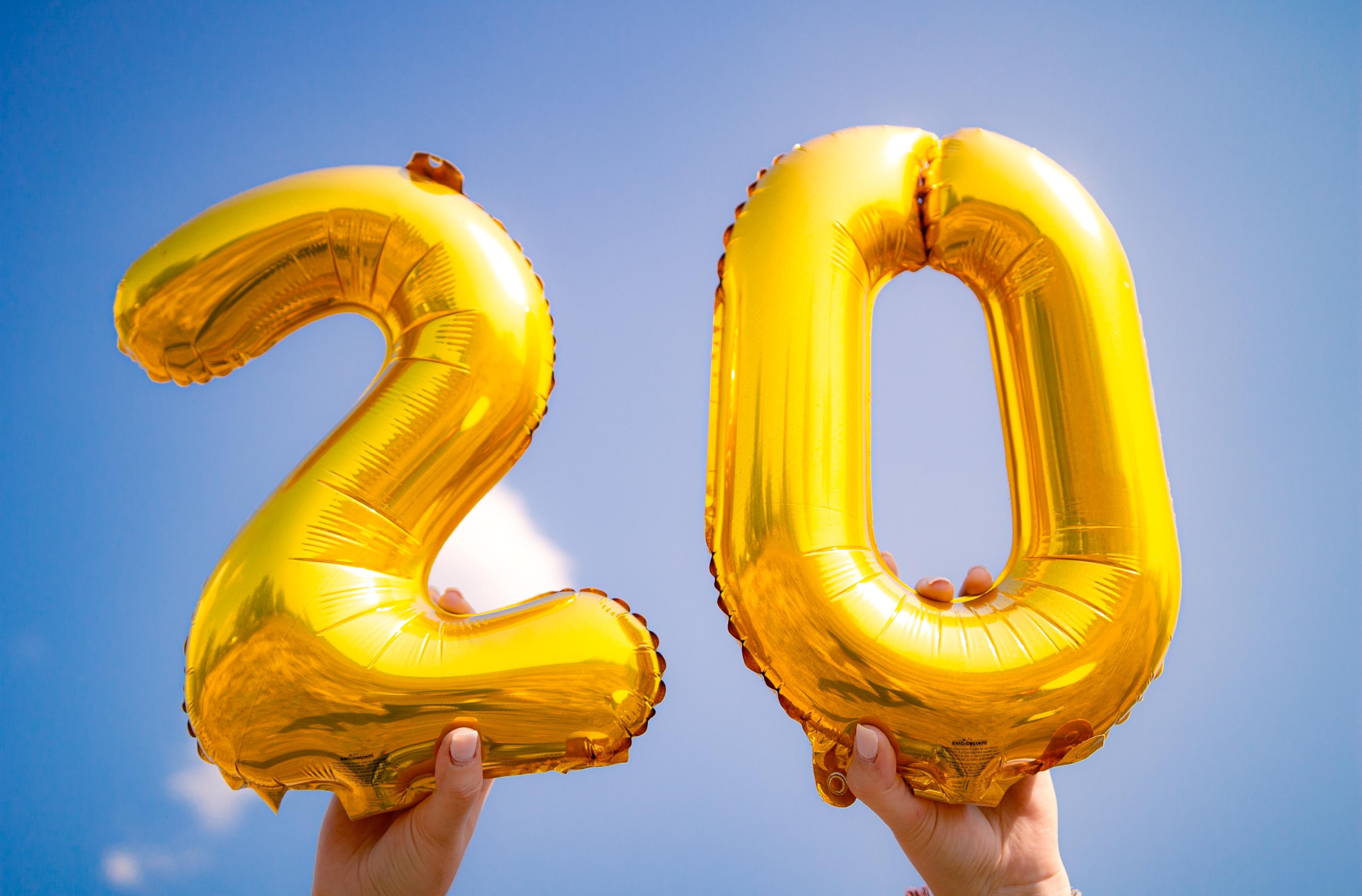 Buon compleanno! Tanti auguri per i tuoi 20 anni